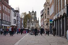 Chichester_Cross_from_East_street.jpg
