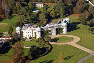 Goodwood_House_from_the_air.jpg